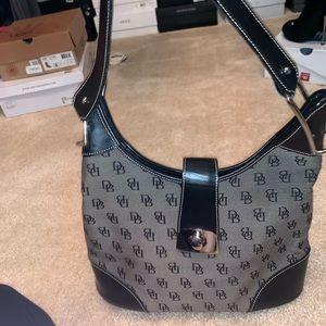Used Dooney & Bourke shoulder bag